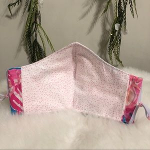 Lilly Pulitzer Other - Face Mask with Filter Pocket